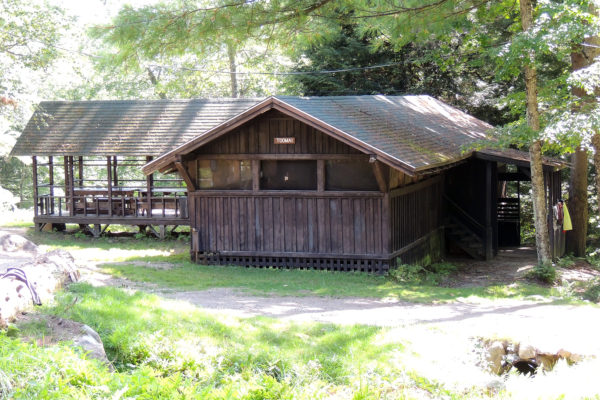 Outdoor camp for boys, rustic cabins for the summer in NH
